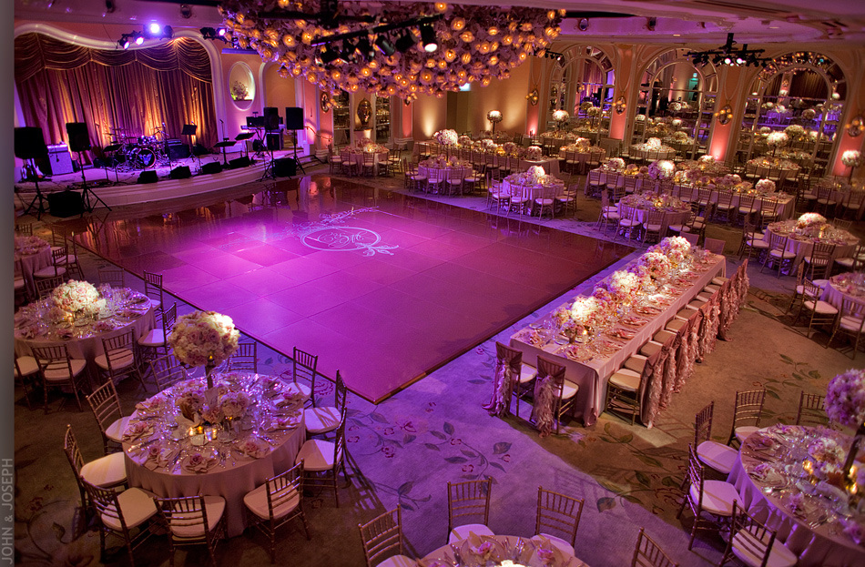 How To Book Banquet Hall For Your Wedding